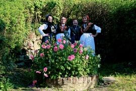 Unsere Tanzleiterinnen der Kinder- und Jugendgruppe